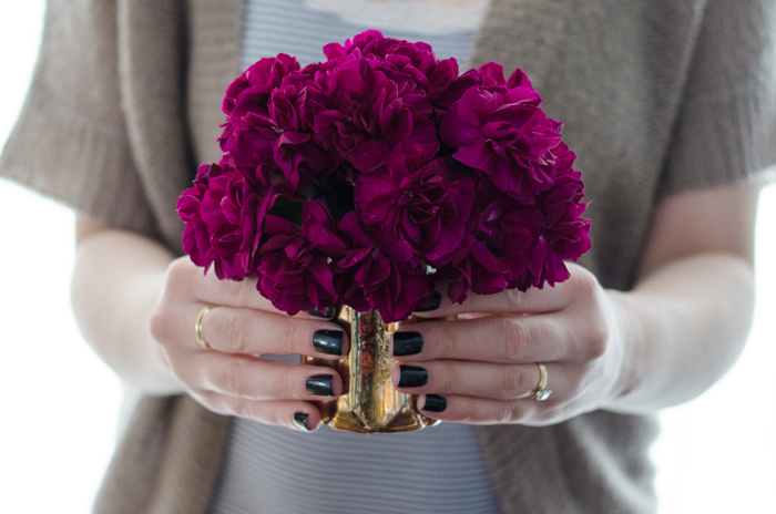 DIY Mini Carnation Arrangement - lemonthistle.com
