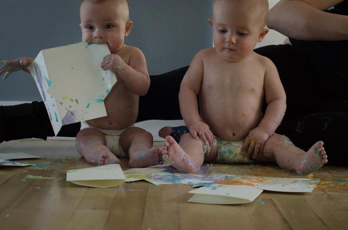 Finger Painting for Babies - lemonthistle.com