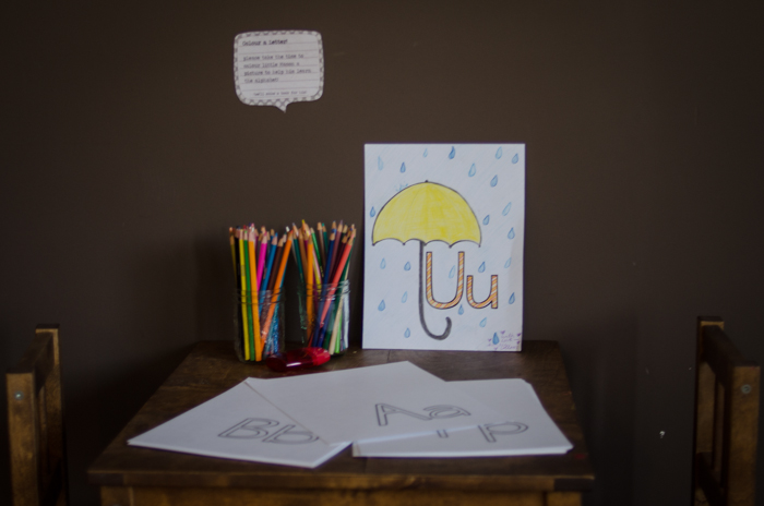 Love this super cute baby shower idea! Have guests illustrate each letter of the alphabet and have it made into a book for the little one!