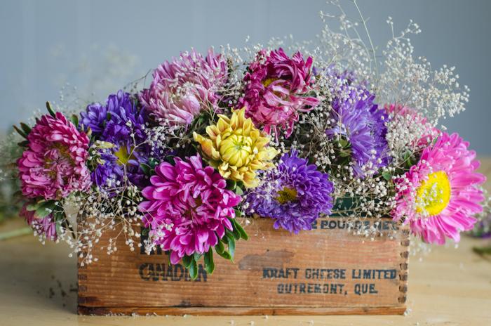 DIY Vintage Cheesebox Floral Arrangement