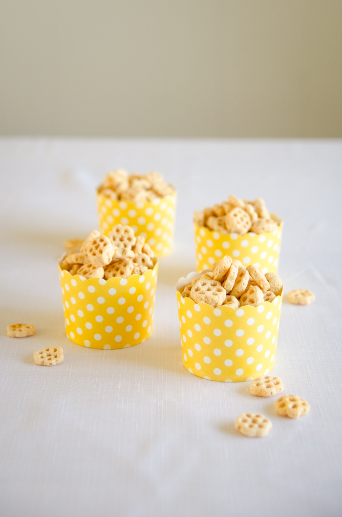 So fun! Honeycomb cereal at a DIY First Beeday Party