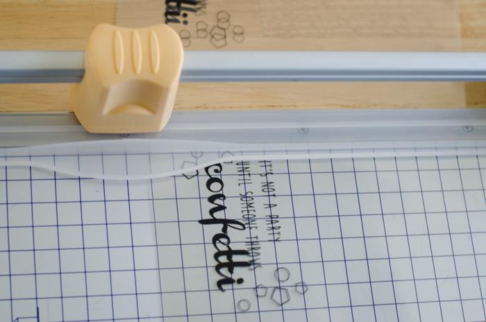 SO SO fun! DIY Translucent Confetti Packets - lemonthistle.com