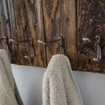 DIY Towel Rack from Free Pallet Wood