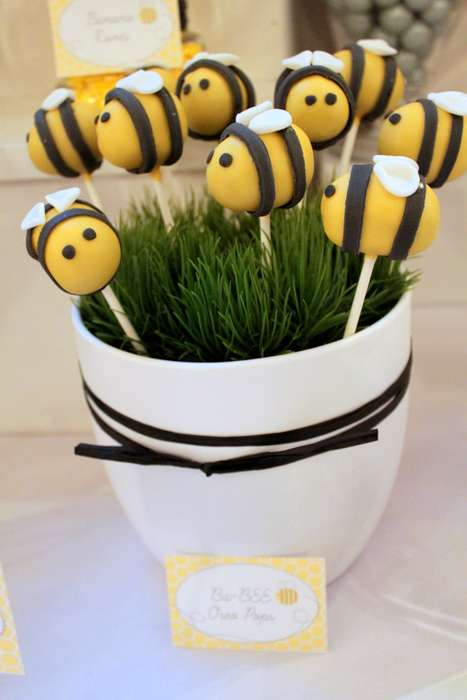 What a fun theme! First BEEday Party Inspiration