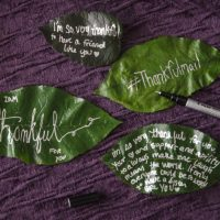 Love this idea... How to send a note on a leaf!