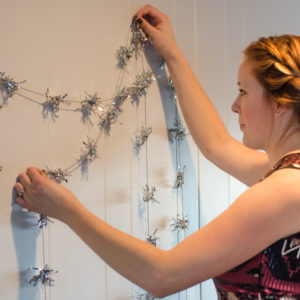 DIY Sparkly Garland (perfectly for New Years Eve!)