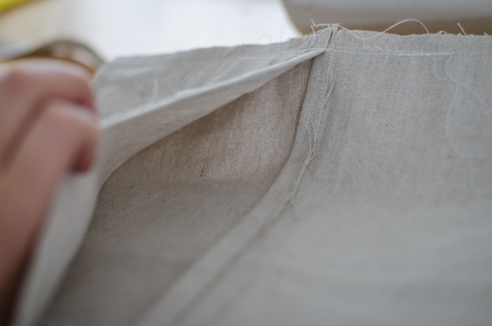 Sew a Pillow Slip Cover out of a Drop Cloth!