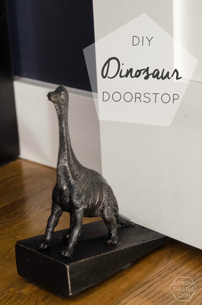 DIY Dinosaur Doorstop- cute! I like it better than the Anthro version!