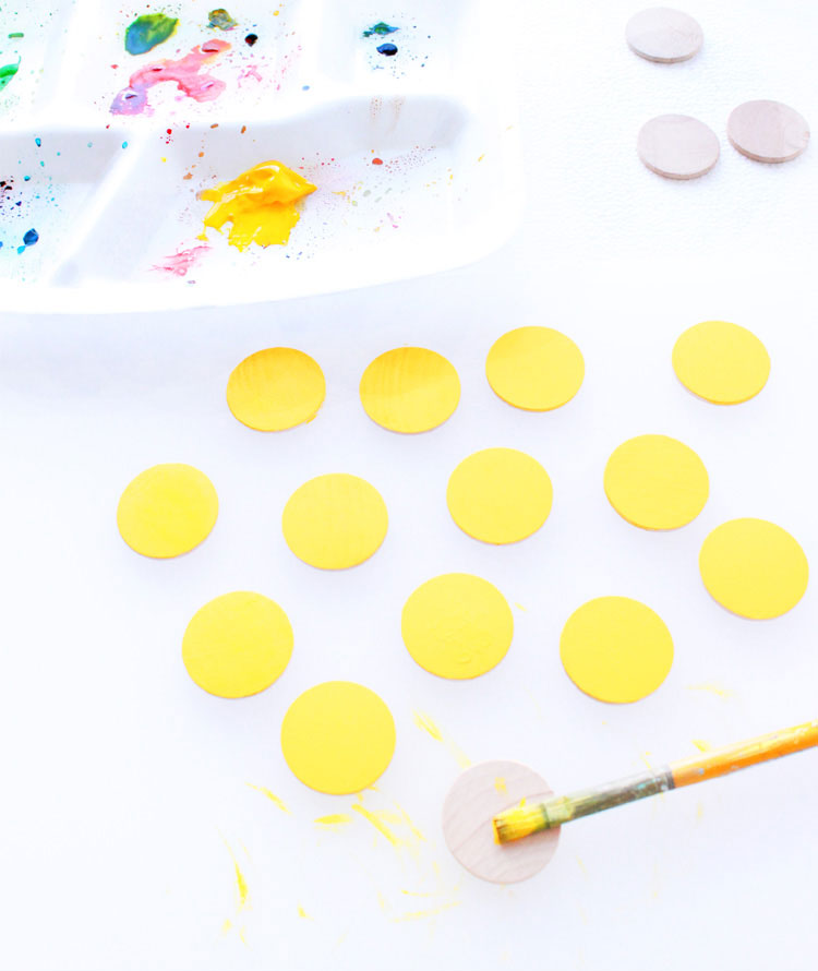 DIY Emoji Snack Boxes- so much fun for  a party!