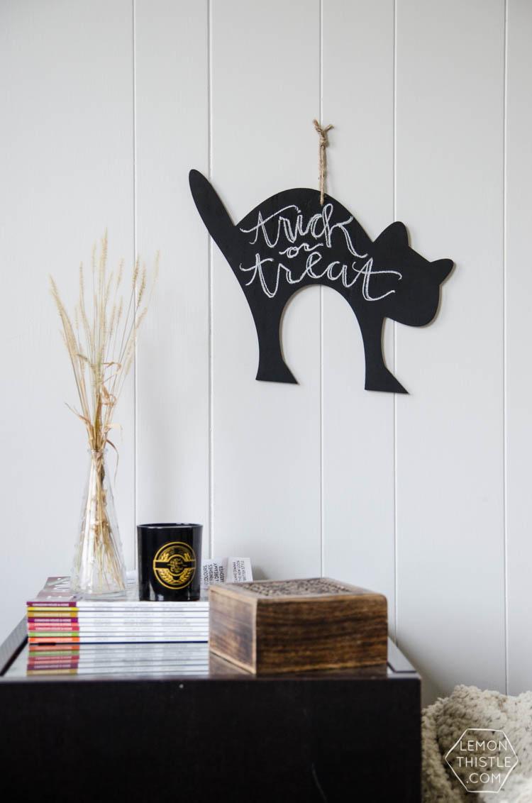 DIY Trick or Treat! Cat Chalkboard Decor for Halloween