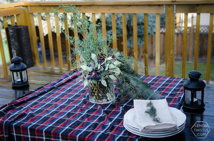 DIY Holiday Centrepiece using fresh winter greens- two different ways! Natural decor is my favourite Christmas decor