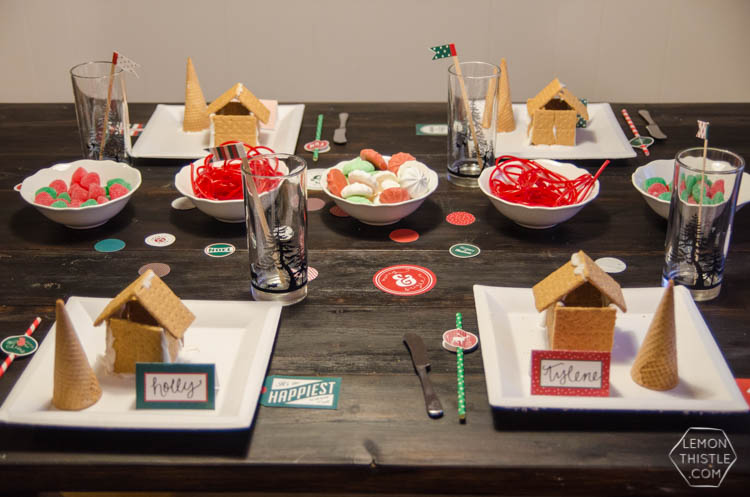 A simple gingerbread decorating party... I love this! The decorations are so classic but easy to accomplish