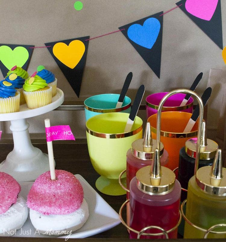 A DIY Neon Valentines Day Party- so fun!!