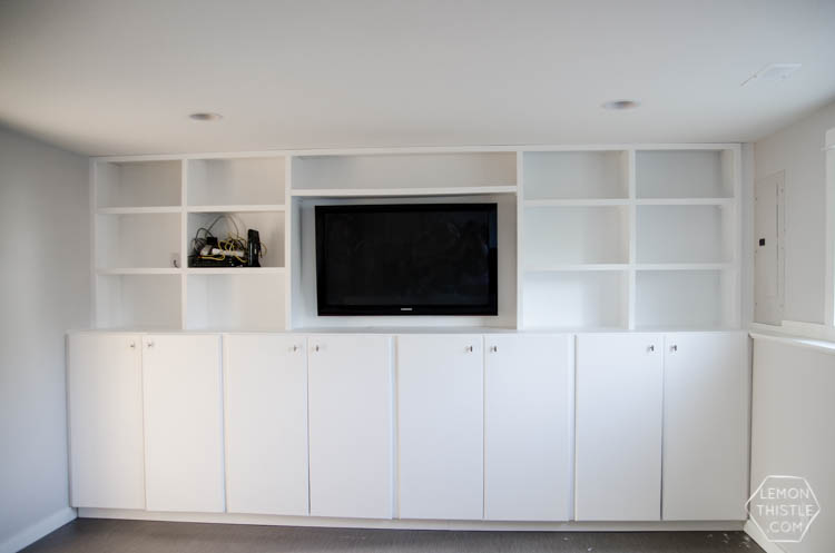 DIY custom built in shelving unit - click through for full tutorial