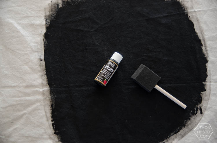 DIY Hoop Chalkboard with Eucalyptus... I LOVE this! The euc would dry nicely too- it would also make an awesome wreath!