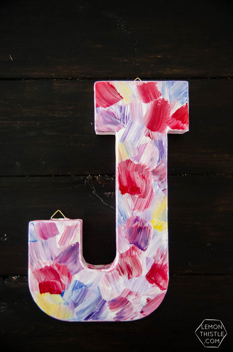 DIY Brushstroke painting- I love the look of this! After watching the video of her doing it I feel like it's totally do-able