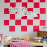 A simple gingham picnic party backdrop- for under $5!