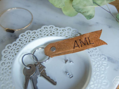 DIY Monogrammed Leather Key Chain- LOVE this! I like the classic look of the burned leather. And looks easy too.