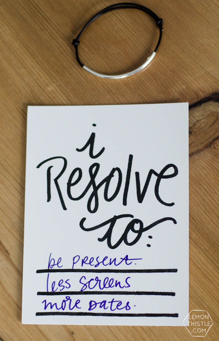 printable New Years resolution cards- and reminder bracelet!