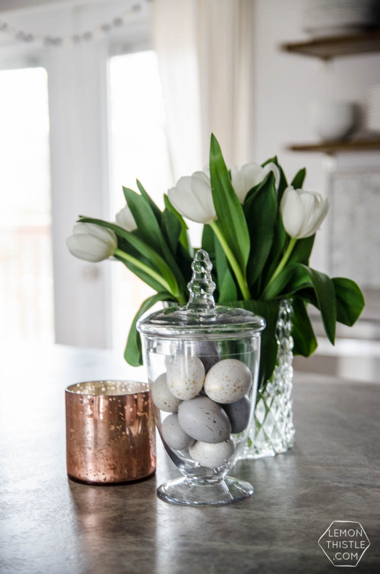 Simple, neutral spring home tour- spring 'decor' I could actually pull off!