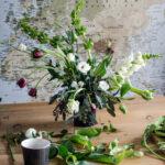 Modern Free Form Florals with Wet Foam   Modern Handmade Home
