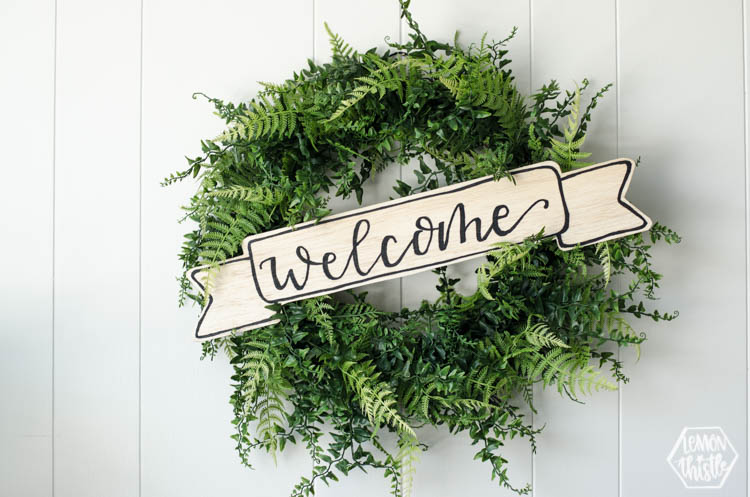 DIY Wood Welcome Banner for wreath