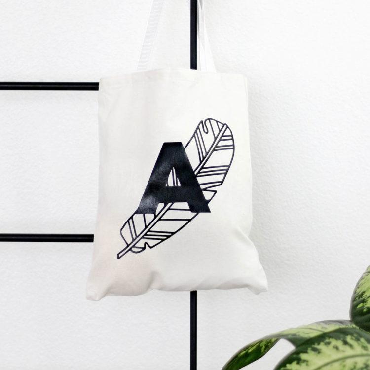 DIY Line Art Tote Bag with monogram