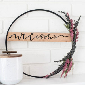 DIY Fall Hoop Wreath- love that wooden banner across the wreath!