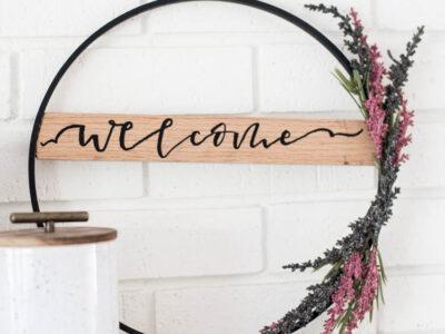DIY Fall Hoop Wreath- love that wooden banner across the wreath!