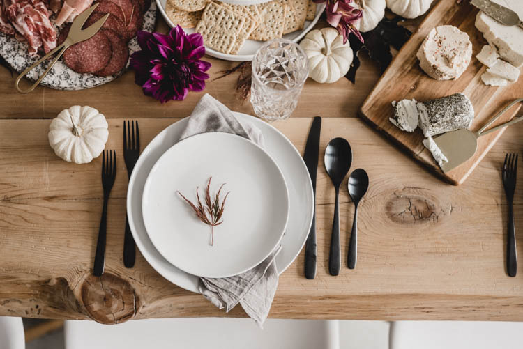 Modern Autumn Tablescape