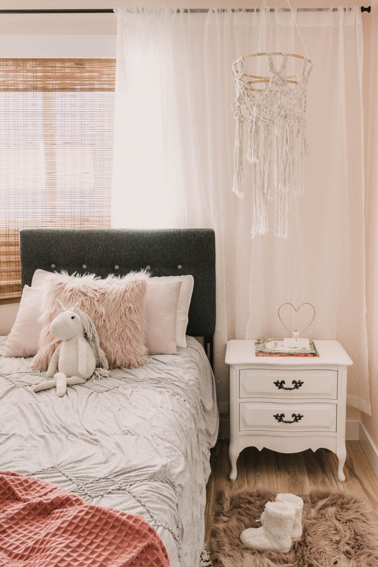 Little Girls Bedroom Makeover- love the textures in here!