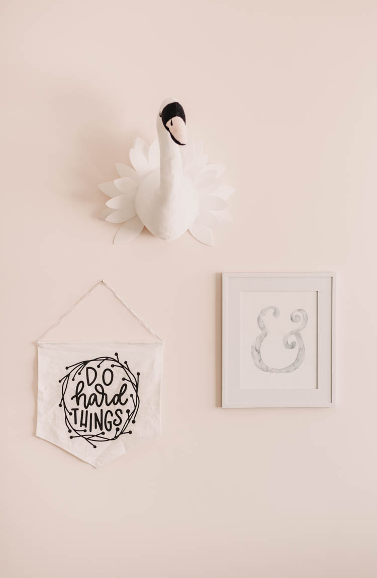 Such a cute art grouping for a little girls' room- love the swan head