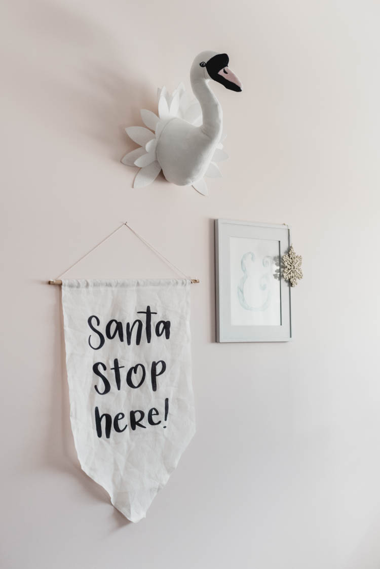 Cute holiday pennant for a kids room at christmas! Santa Stop Here!