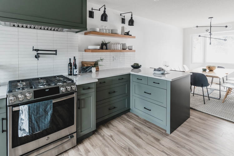 Love the drawers instead of a corner cabinet in the kitchen