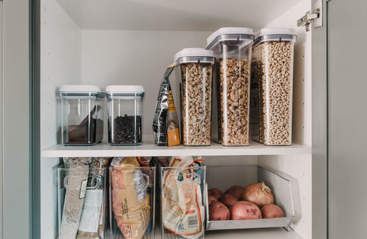Love the clear plastic for pantry storage- see what's in there!