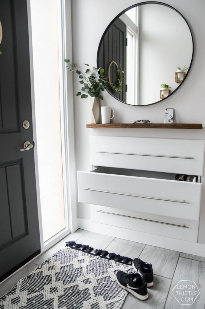 DIY Built in drawers for the entry way... so clever!