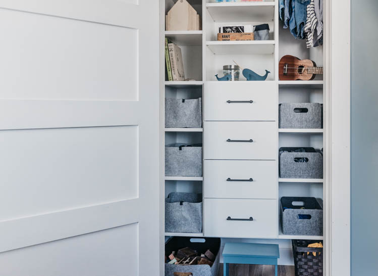 How we organize a shared kids closet for three boys with NO dresser