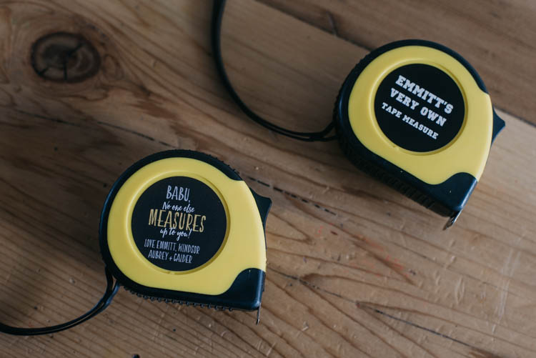 Matching tape measures! Such a cute Father's Day Gift for grandpa! Personalized with the sweetest saying