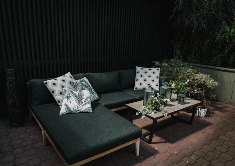 Dark and moody modern patio update for summer!
