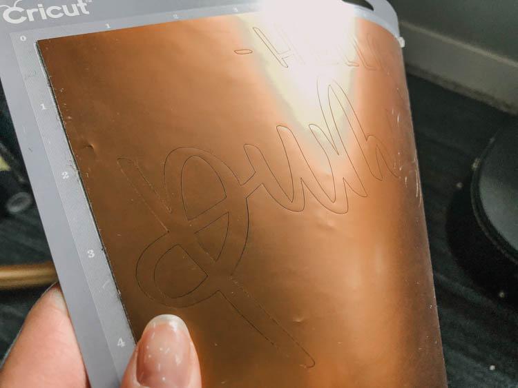 How to cut matte adhesive foil for autumn metallic pumpkins!