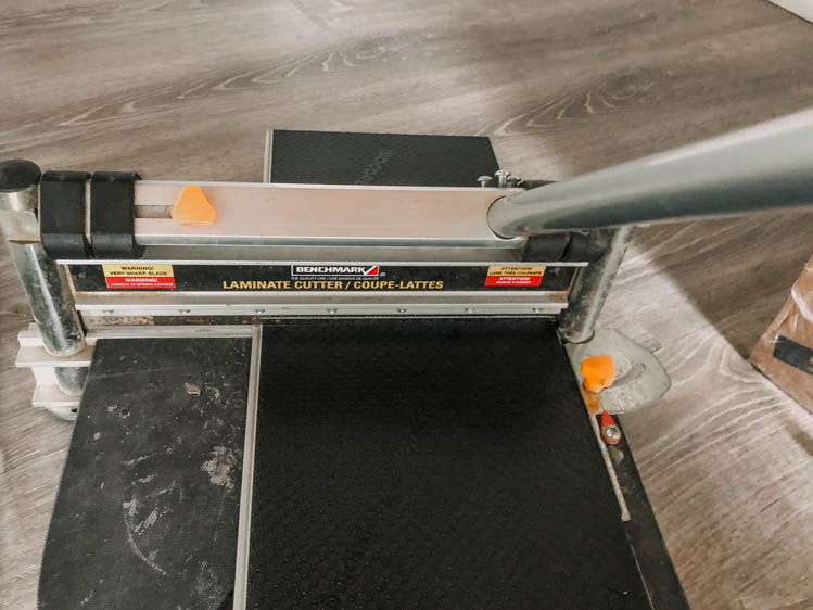 Using a laminate cutter for vinyl plank flooring