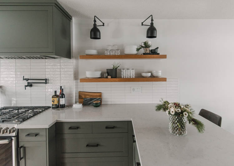 Simple holiday decorating in the kitchen