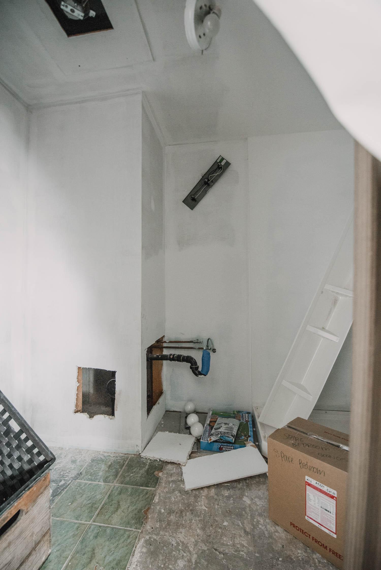 Spare Bathroom Remodel Plans
