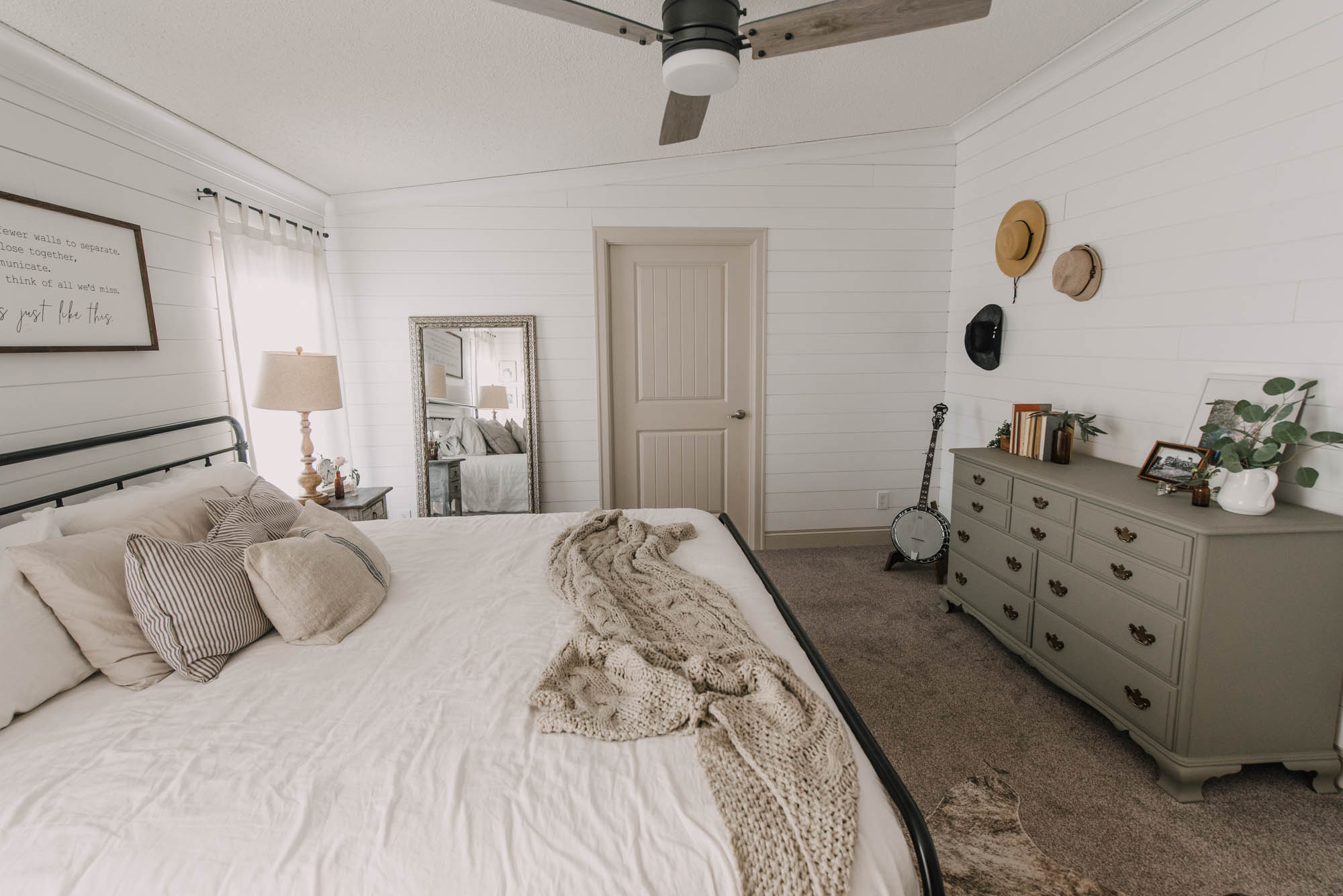 DIY Farmhouse Bedroom Makeover