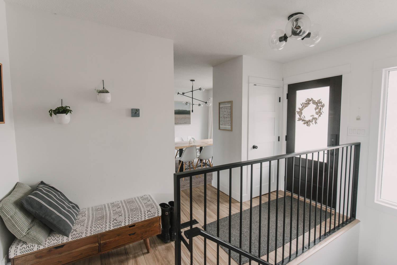 Modern small entryway decor