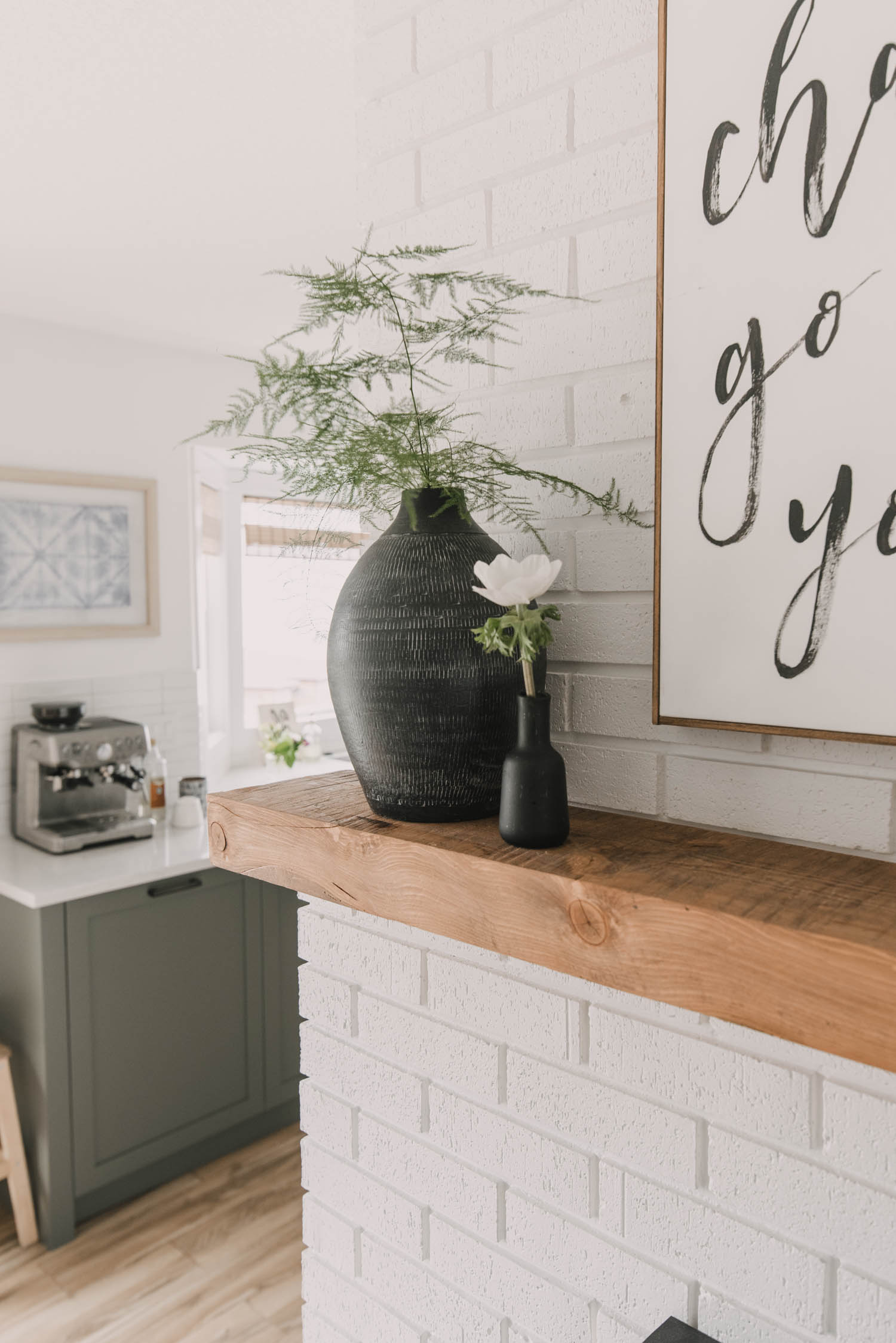 Modern mantel decorations for spring