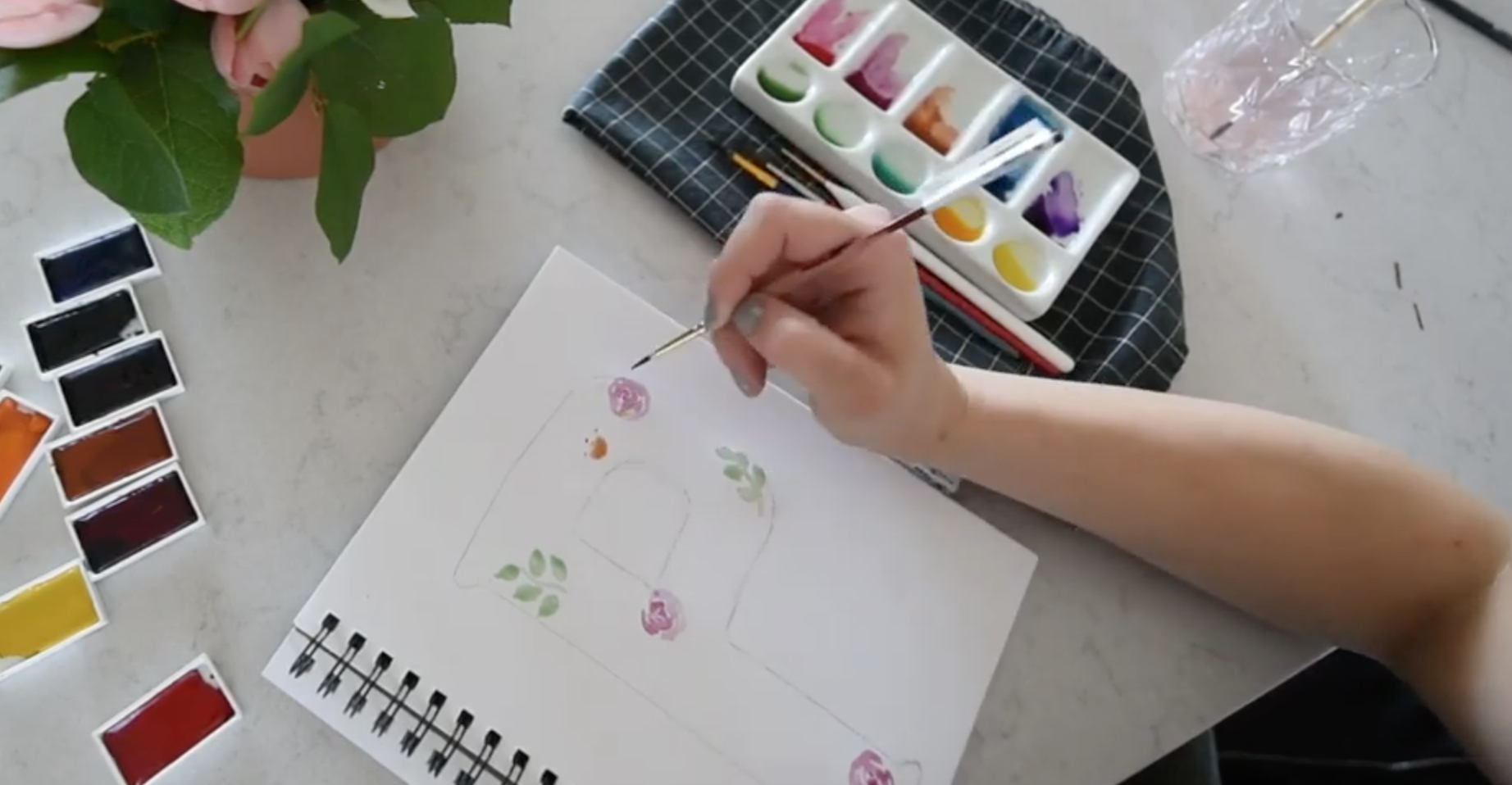 How to make a floral monogram with watercolor