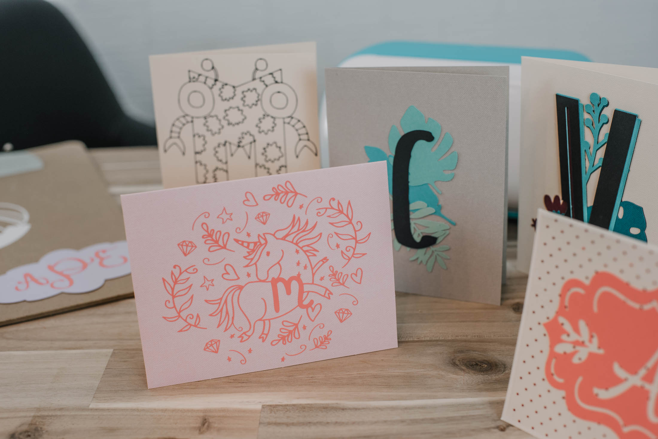 4 Ways to make monogrammed cards in Cricut Design Space