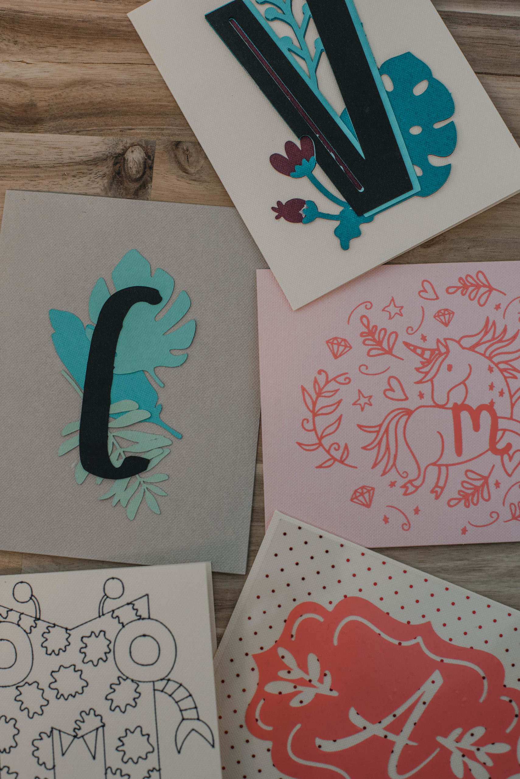 Using images and fonts to make monograms in Cricut Design Space