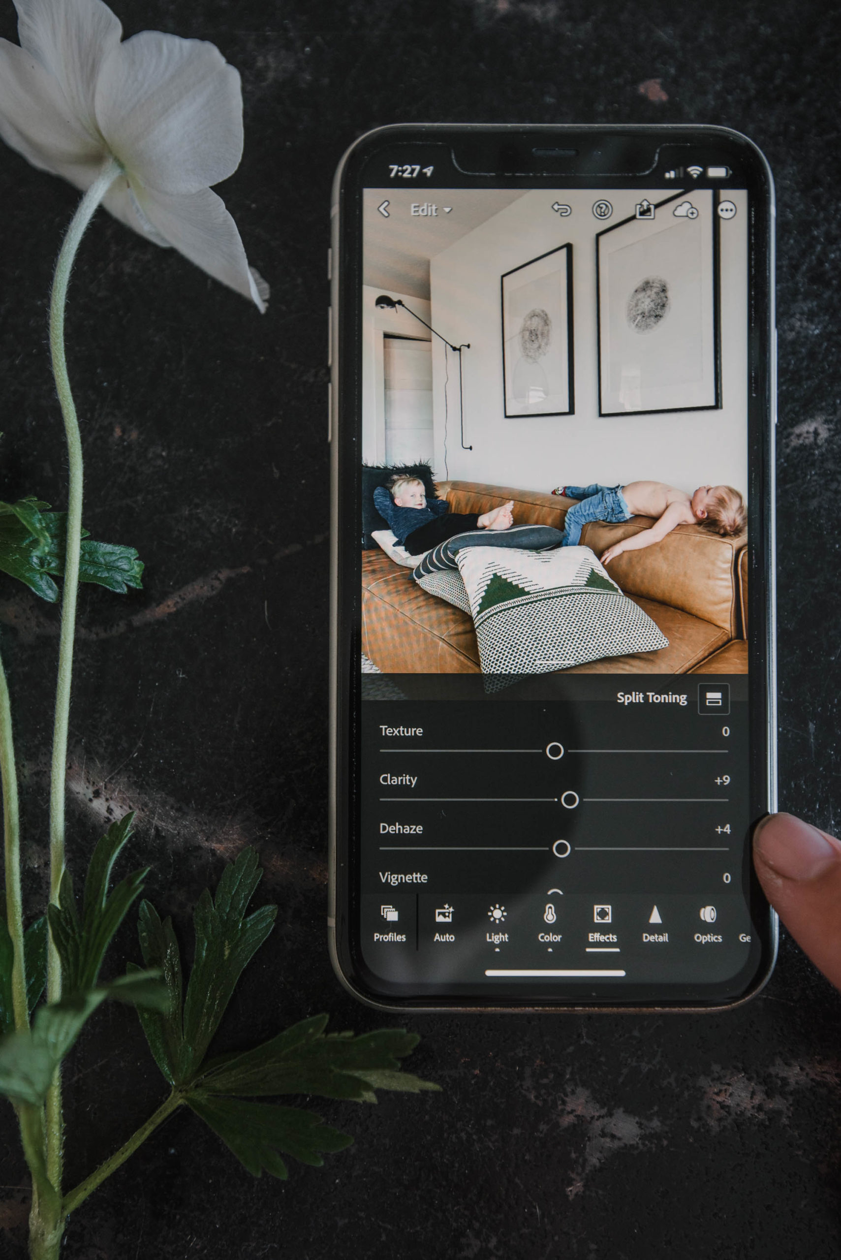 How to edit photos on your phone to get a professional look for printing